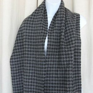 Accessories - Houndstooth Cashmere Scarf Black Gray New